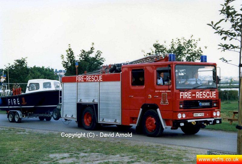Essex FB Dennis RS D887 POO at the 999 Day in Maldon in June 2003 - Picture courtesy of David Arnold