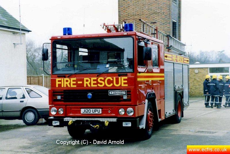 Essex FB Dennis RS J120 UPU at Ongar Fire Station - Picture courtesy of David Arnold)