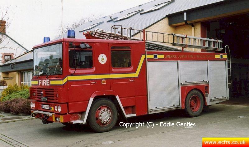 Essex FRS Dennis RS D890 POO - Picture courtesy of Eddie Gentles