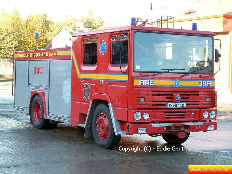Essex FRS Dennis RS D891 POO on the 23rd of November 2005 - Picture courtesy of Eddie Gentles