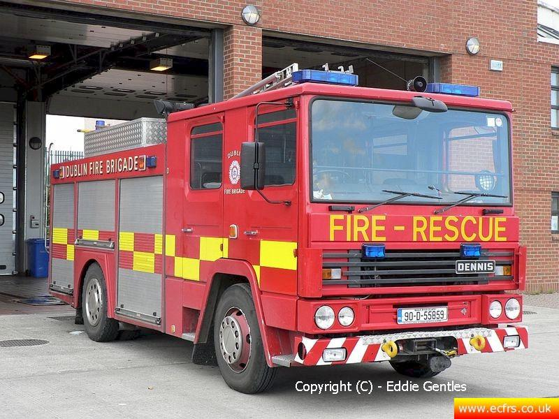Essex FRS Dennis RS G75 WWC on the 20th of August 2006 - Picture courtesy of Eddie Gentles