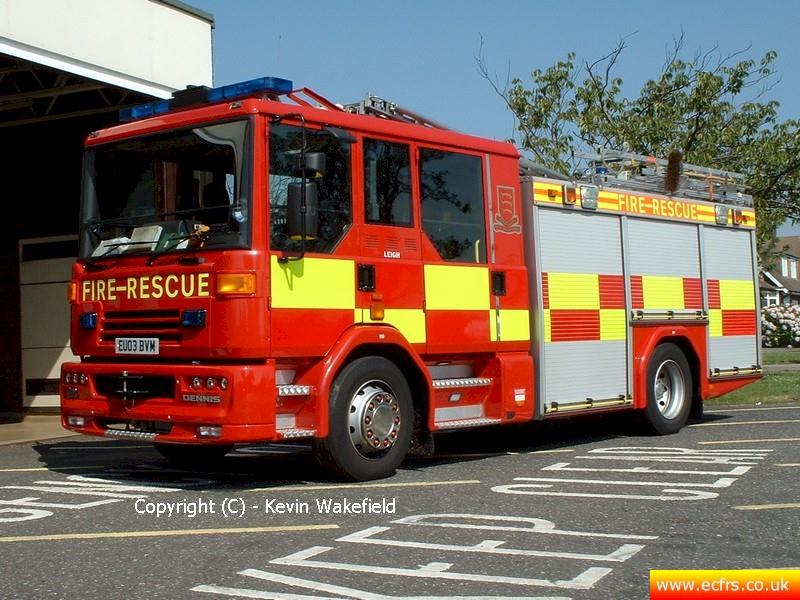 Essex FRS Dennis Sabre XL EU03 BVM on the 7th of August 2004 at Leigh Fire Station - Picture courtesy of Kevin Wakefield
