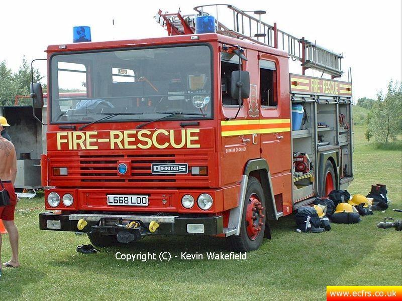 Essex FRS Dennis RS L668 LOO on the 15th of June 2003 in Burnham  - Picture courtesy of Kevin Wakefield