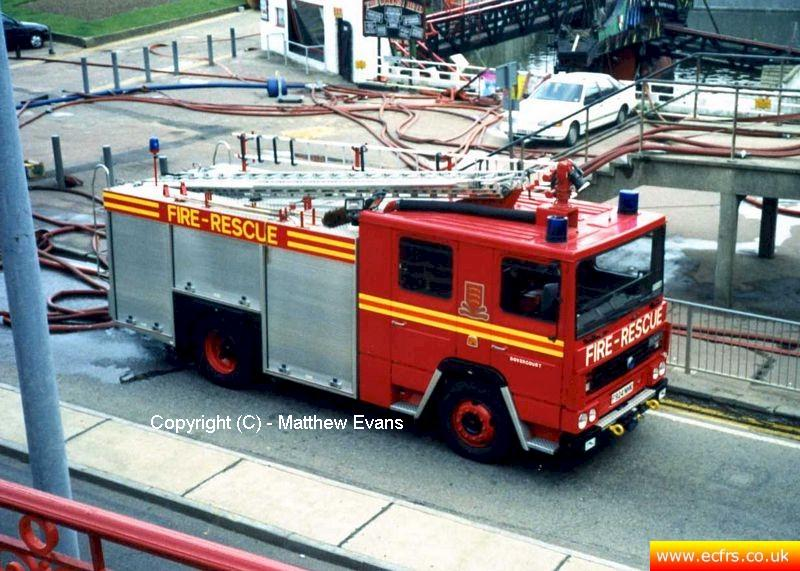 Essex FRS Dennis RS F924 NHK at an incident in Southend - picture courtesy of Matthew Evans