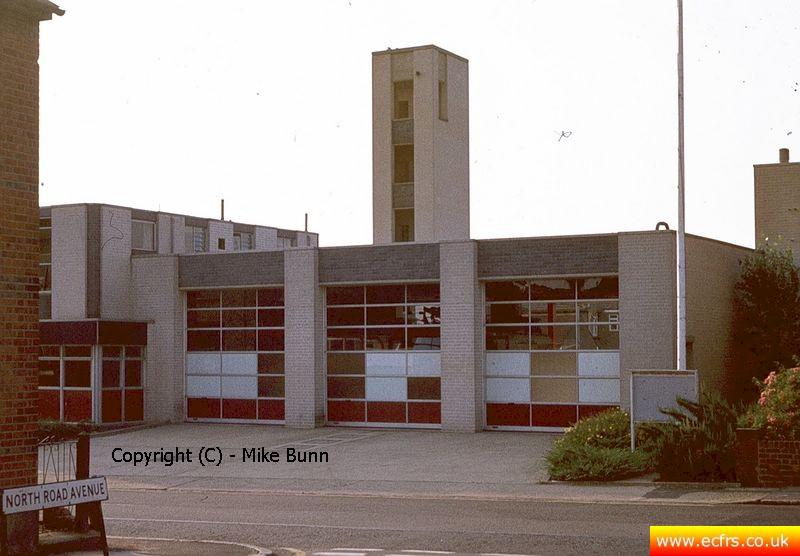 Brentwood Fire Station circa 1980 - picture courtesy of Mike Bunn