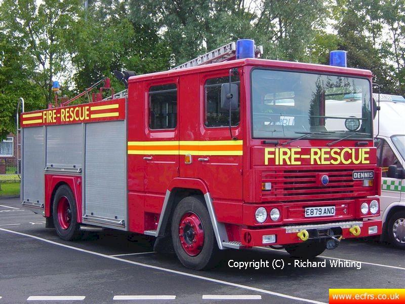 Essex FRS Dennis RS E879 ANO on the 17th September 2004 - Picture courtesy of Richard Whiting