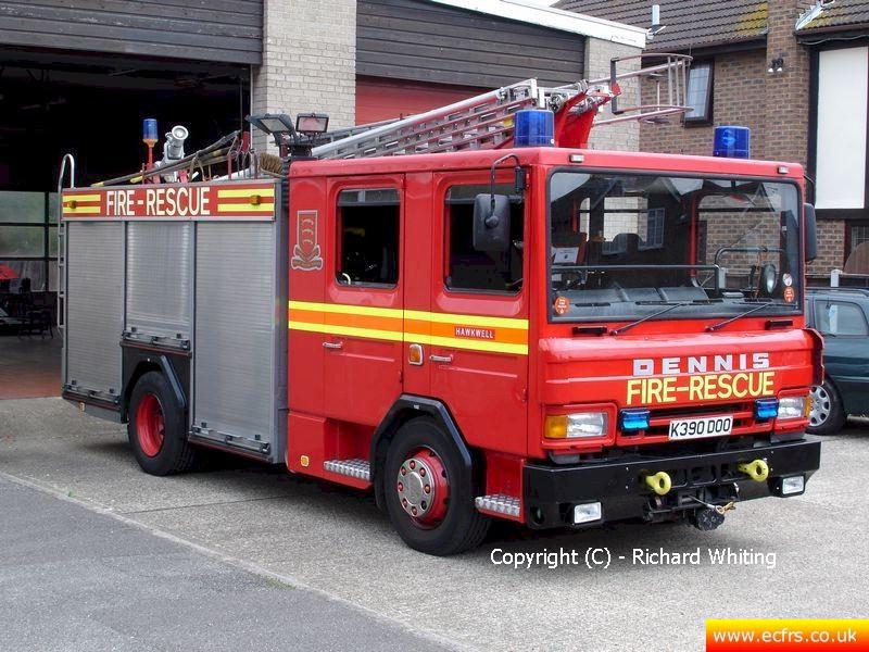 Essex FRS Dennis Rapier K390 DOO on the 9th of July 2005 at Hawkwell Fire Station - Picture courtesy of Richard Whiting